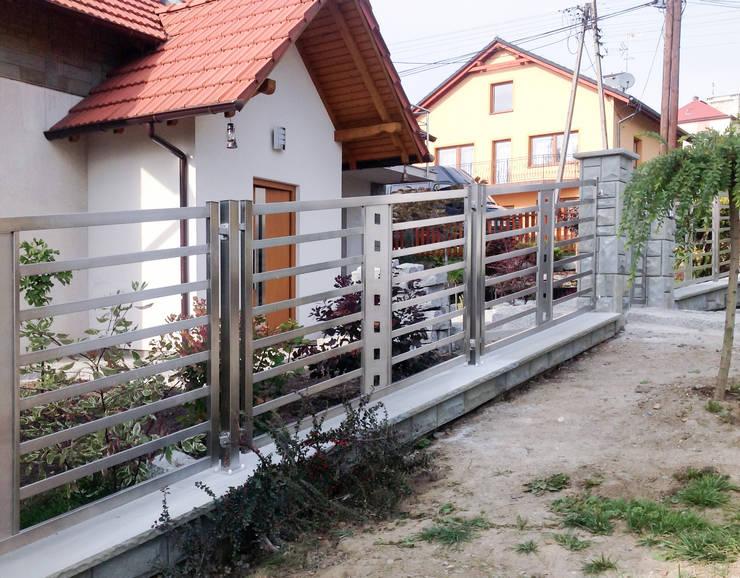 Realizacja ogrodzenia 20: styl , w kategorii  zaprojektowany przez Armet ,Nowoczesny
