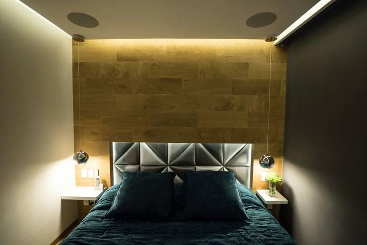 DEPARTAMENTO EN PARQUES POLANCO, CDMX: Recámaras de estilo  por HO arquitectura de interiores