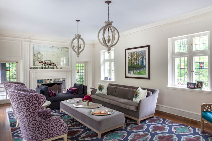 Living Room sophisticated and colorful :  Living room by Mel McDaniel Design