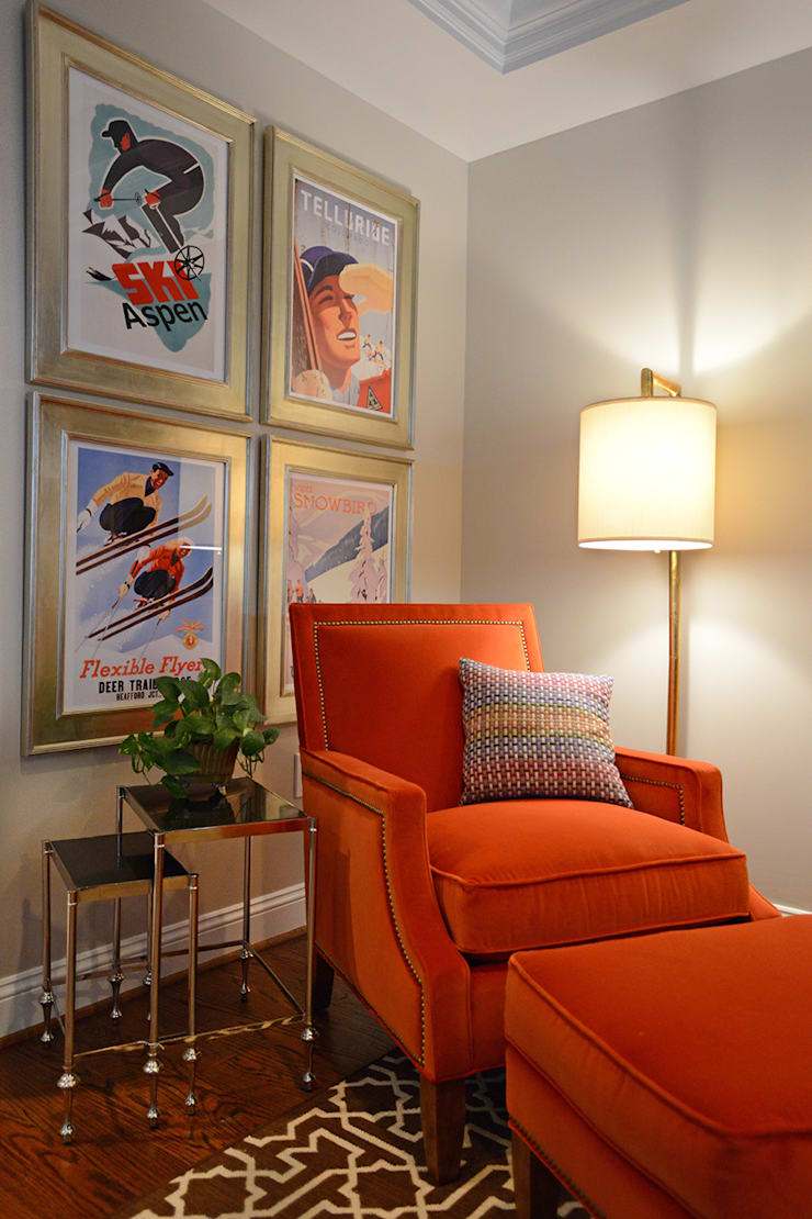Sitting corner :  Living room by Mel McDaniel Design