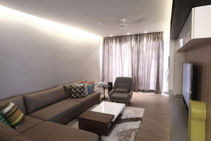 The Sanderson Home:  Living room by inDfinity Design (M) SDN BHD