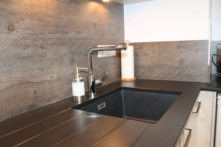Modern Kitchen by Agence ADI-HOME Modern Stone