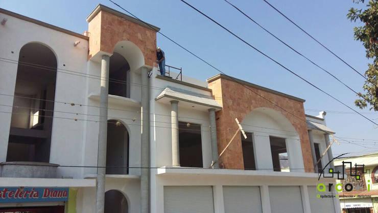 Casa Habitación: Casas de estilo  por ARCO +I