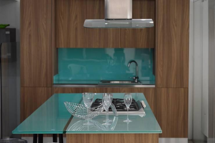 Cocina modular importada (MITON): Cocina de estilo  por Decoglass Center