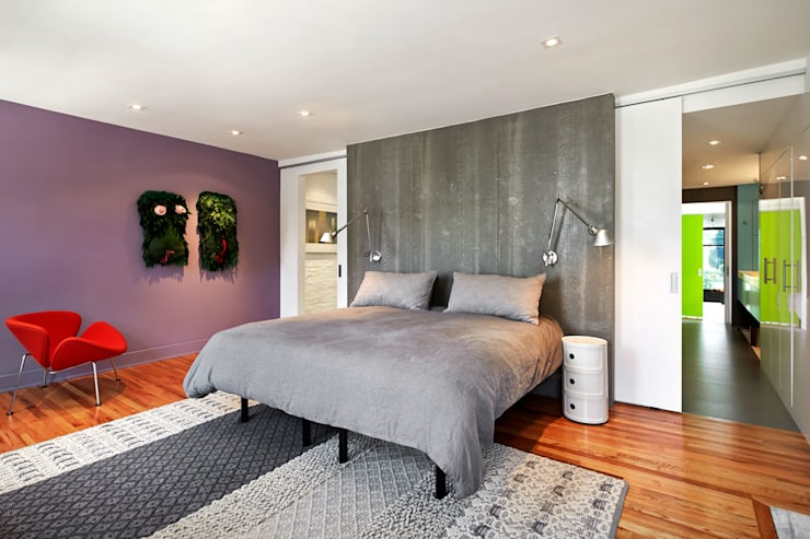 Salt + Pepper House:  Bedroom by KUBE Architecture