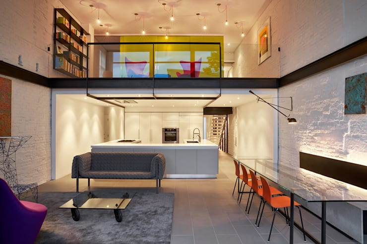 Salt + Pepper House:  Living room by KUBE Architecture
