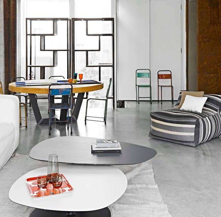 ห้องนั่งเล่น โดย Opera s.r.l., โมเดิร์น