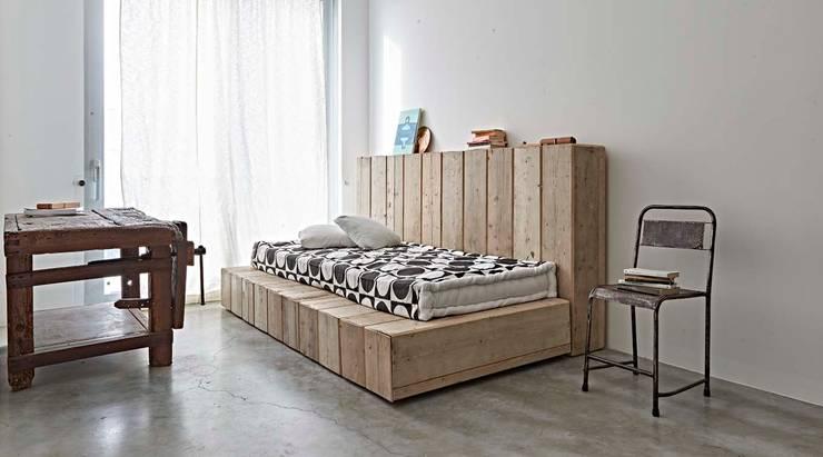ห้องนอน โดย Opera s.r.l., โมเดิร์น