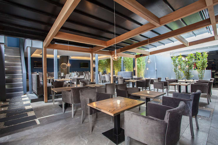 Bar & Klub  oleh IS AND REN STUDIOS LTD , Modern Ubin