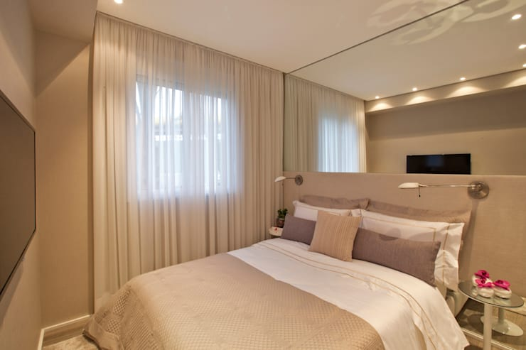 Bedroom by Chris Silveira & Arquitetos Associados