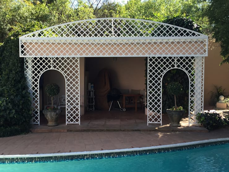 Steel trellis:  Pool by Oxford Trellis
