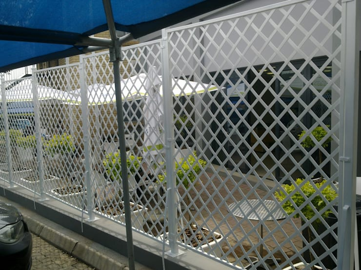 STEEL TRELLIS:  Houses by Oxford Trellis