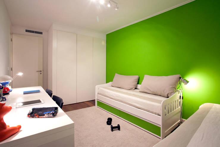 Nursery/kid's room by fernando piçarra fotografia