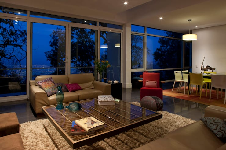Casa Olinala - Local 10 Arquitectura: Salas de estilo  por Local 10 Arquitectura