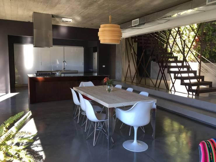 Protagonismo: Cocinas de estilo  por Arquitecta Fernanda Isola