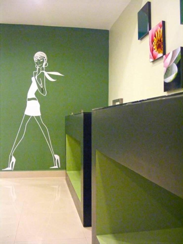 Detalles: Tiendas y espacios comerciales de estilo  por Loft estudio C.A.
