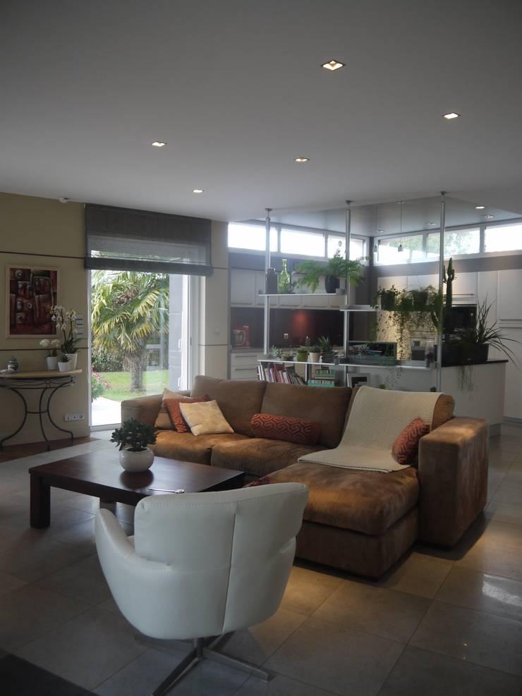 d coration d 39 une pi ce de vie par conseil d co cr ation homify. Black Bedroom Furniture Sets. Home Design Ideas