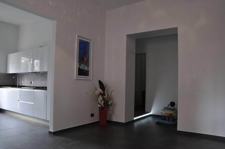 Salas / recibidores de estilo  por ArchitetturaTerapia®, Moderno