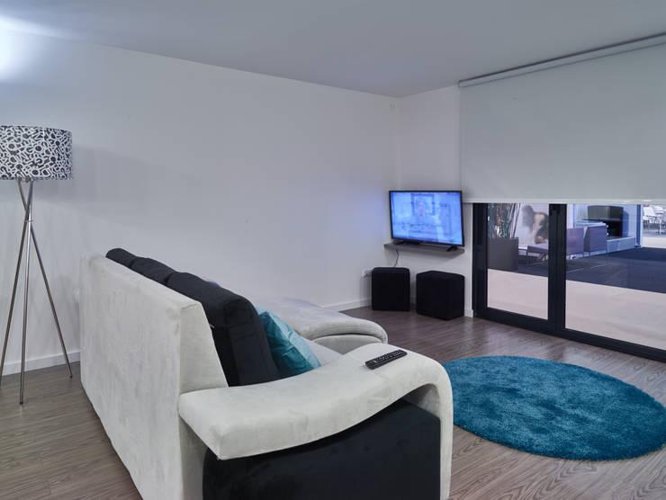 Casa modular: Salas de estar  por ClickHouse