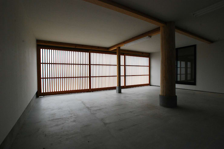 Garage/shed by SSD建築士事務所株式会社
