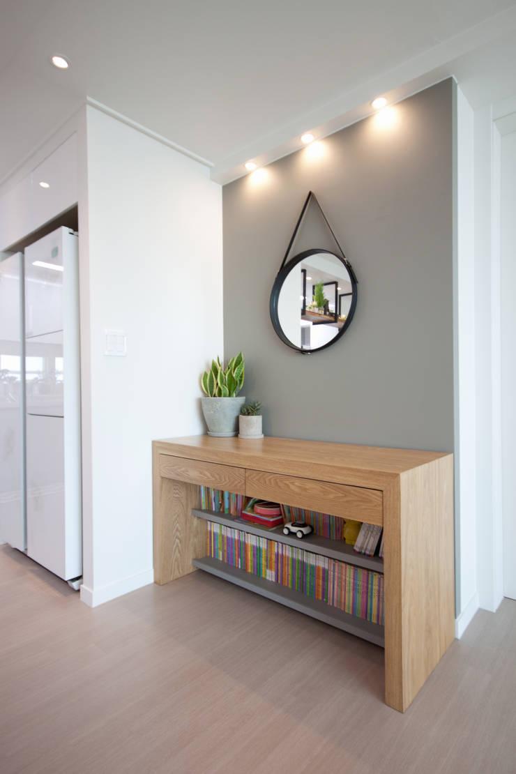 분양아파트 리모델링 하고 입주하기 : 디자인투플라이의 현대 ,모던