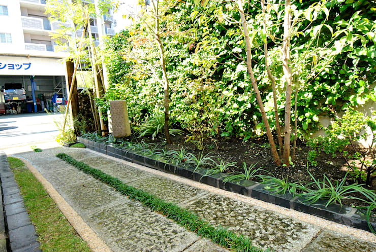 Garden by 作庭処 植徳