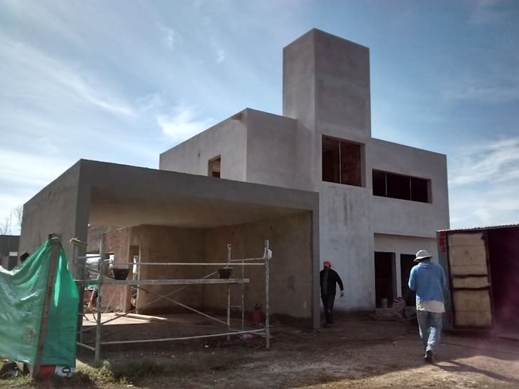 Casas de estilo moderno por ARQUITECTA CARINA BASSINO