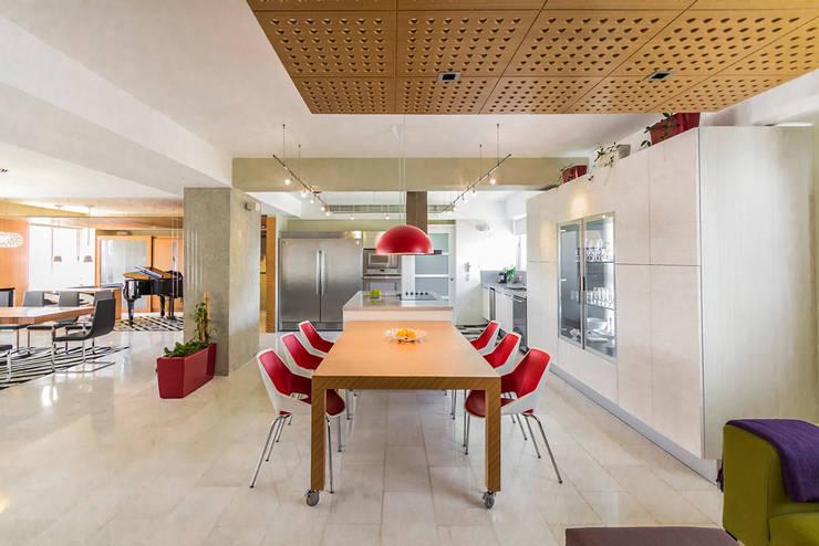 Cocinas de estilo moderno por NMD NOMADAS