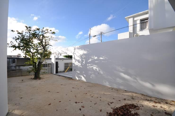 HG-HOUSE IN GINOWAN: 門一級建築士事務所が手掛けた庭です。