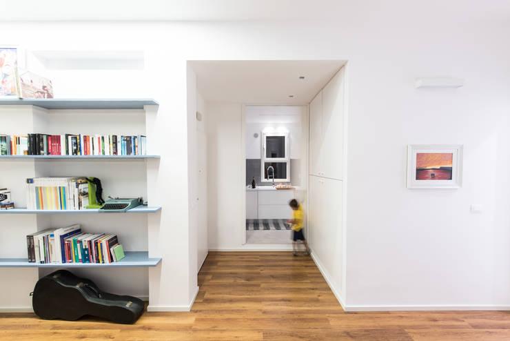 casa S: Cucina in stile  di Alessandro Ferro Architetto