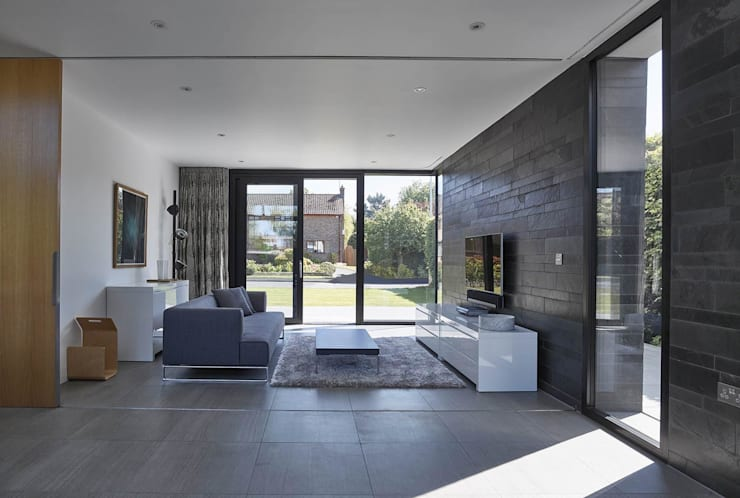Living room by Andrew Wallace Architects
