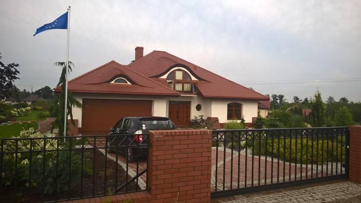 Seweryna G2 - dom, obok którego nie można przejść obojętnie! : styl , w kategorii Domy zaprojektowany przez Pracownia Projektowa ARCHIPELAG