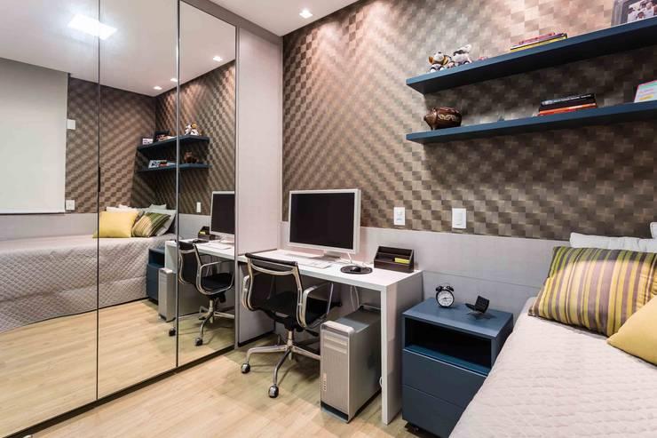 De imóvel padrão à lar dos sonhos de um jovem casal: Quartos  por ROPE Engenharia