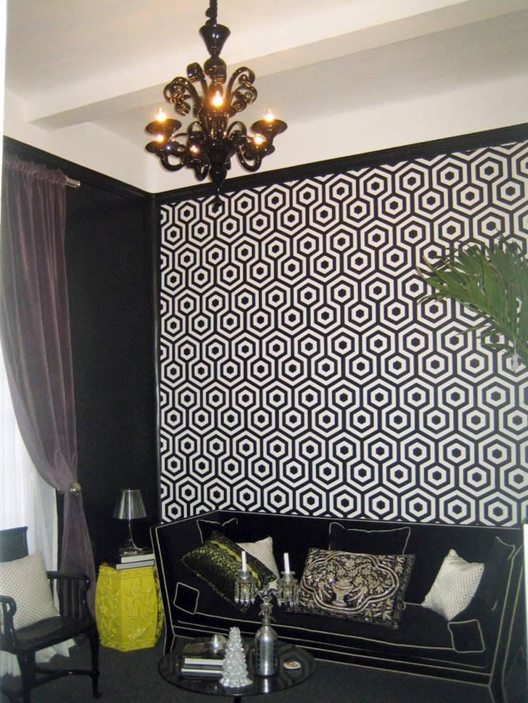 Balmori Decor : Salas de estilo  por Erika Winters Design