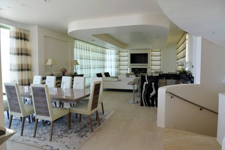 Erika Winters Design:  tarz Oturma Odası