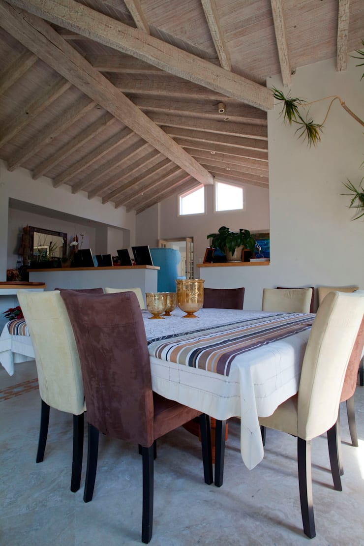 Dining room by Erika Winters Design, Modern