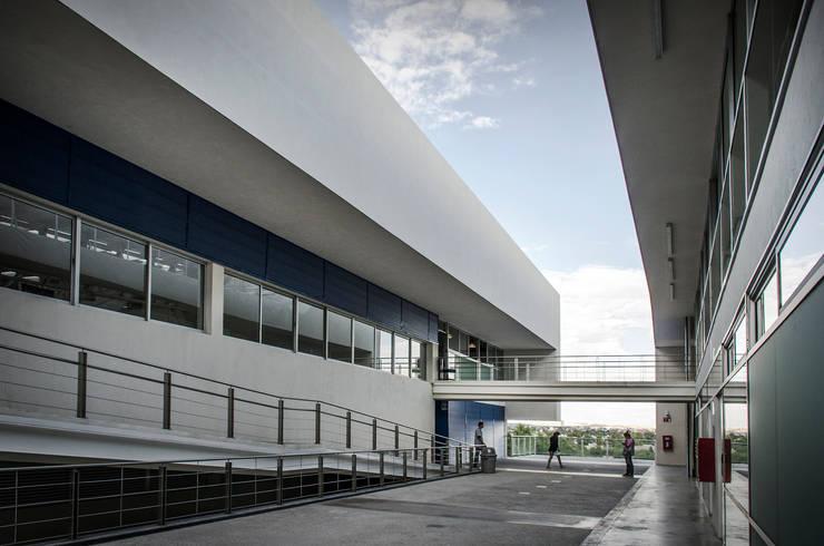 DAE / ARKYLAB:  de estilo  por Oscar Hernández - Fotografía de Arquitectura