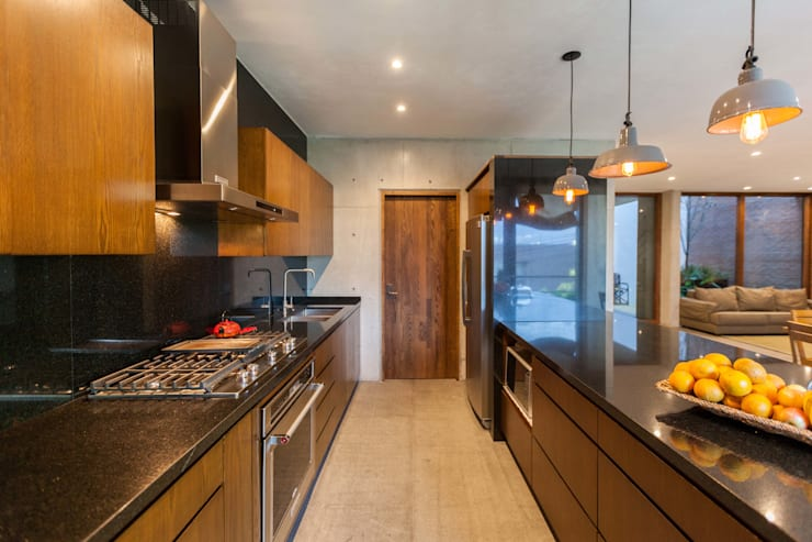 Hogar OV. : Cocinas de estilo  por Lozano Arquitectos