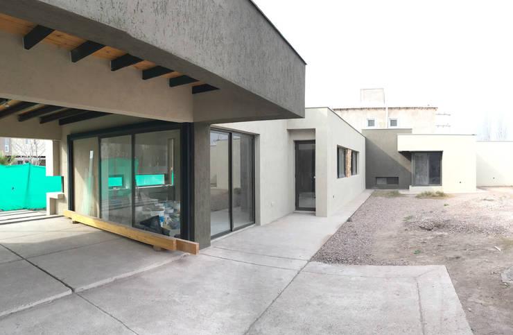galeria: Casas de estilo  por modulo cinco arquitectura