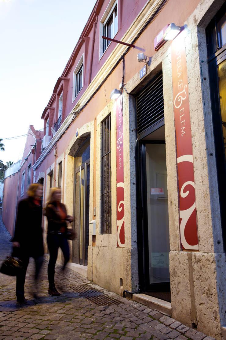 RESTAURANTE ENOTECA DE BELÉM: Bares e clubes  por fernando piçarra fotografia
