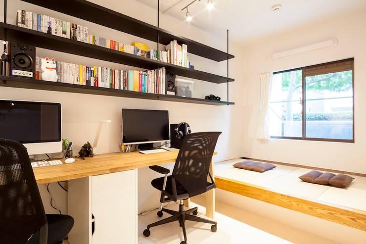 مكتب عمل أو دراسة تنفيذ 株式会社ブルースタジオ