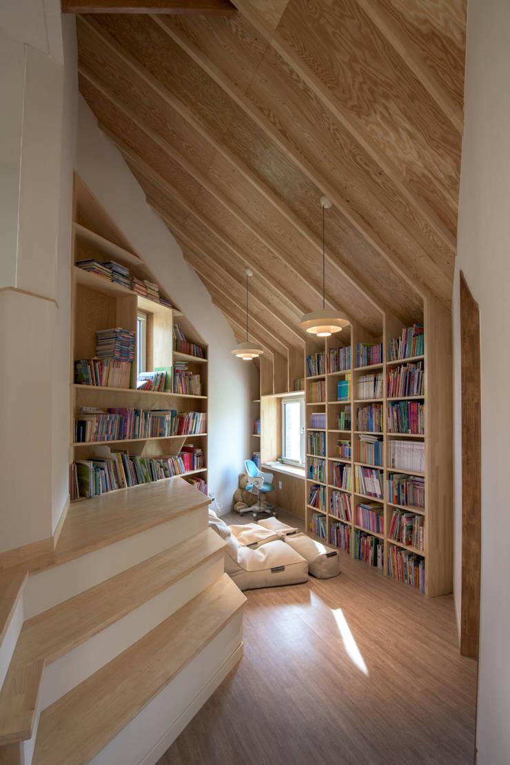 현단재(炫檀齋): 건축사사무소 재귀당의  방