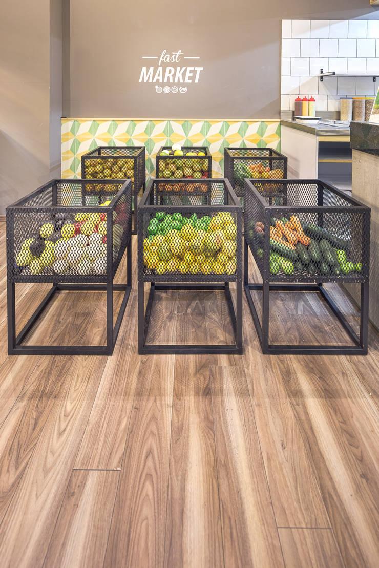 FFF Santa Fé - Fast Market Gastronomía de estilo moderno de MX Taller de Arquitectura & Diseño Moderno Hierro/Acero