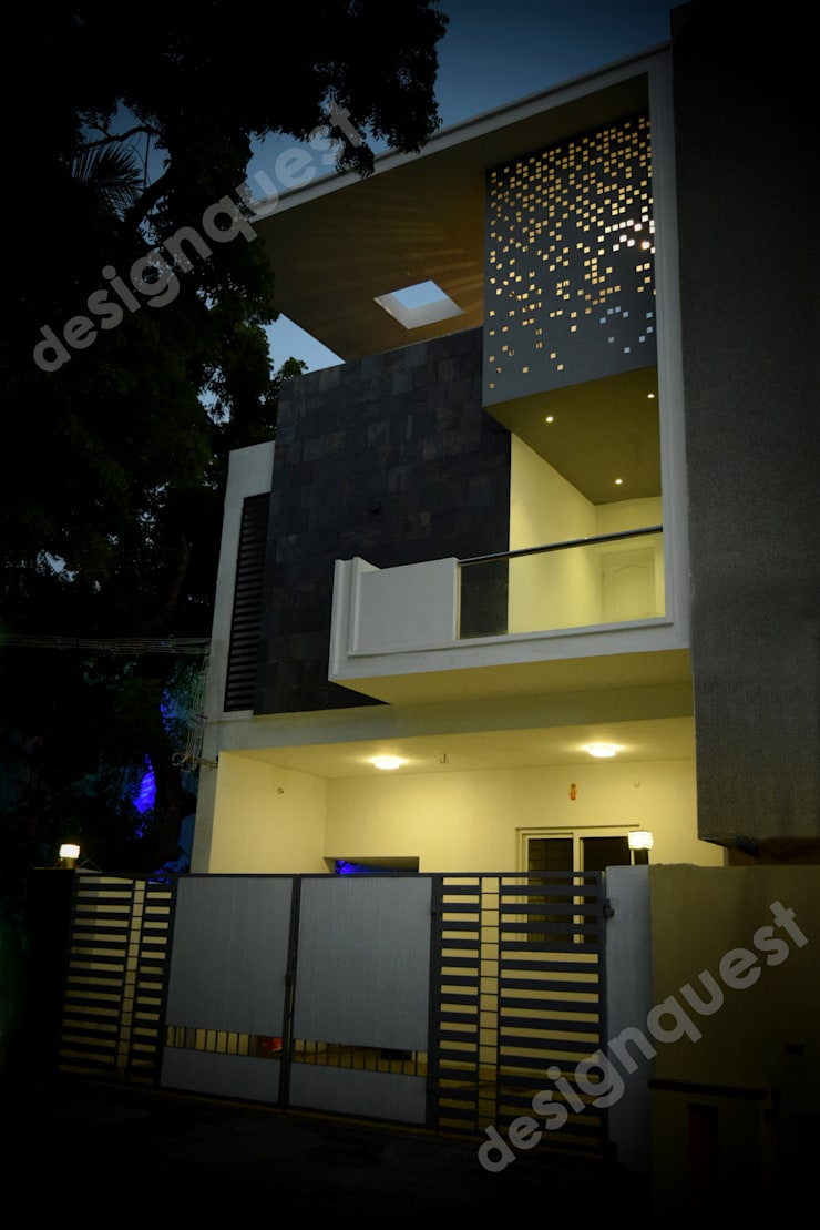 Ramachandran Residence:  Houses by Design Quest Architects,Modern