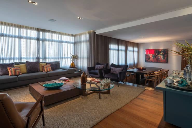 Projeto DSC: Salas de estar modernas por Andréa Buratto Arquitetura & Decoração