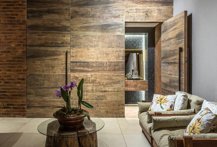 Salas / recibidores de estilo  por Andréa Buratto Arquitetura & Decoração