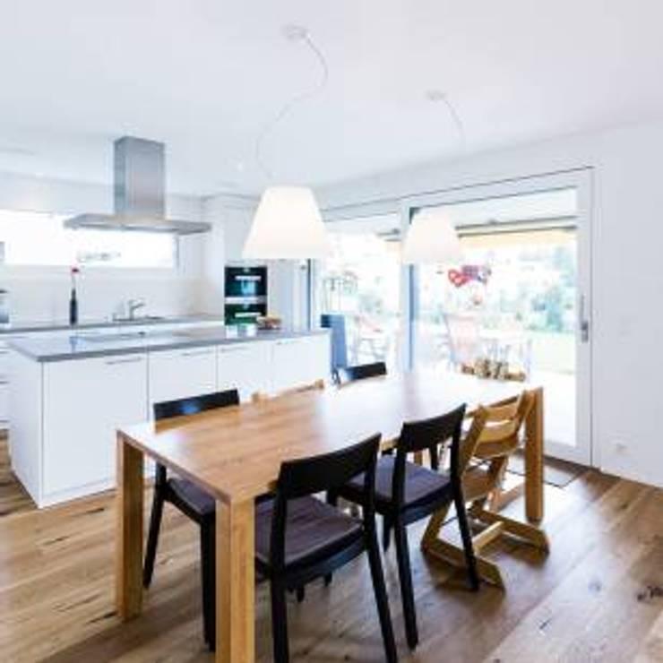 umit atdağ – Mutfak ve yemek odası: minimalist tarz , Minimalist