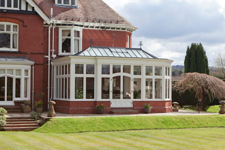 Conservatory by Vale Garden Houses