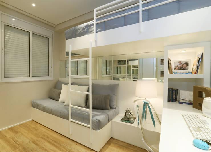 Детские комнаты в . Автор – Chris Silveira & Arquitetos Associados