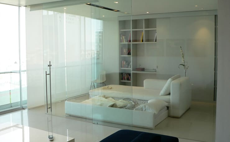 Estudio : Estudios y oficinas de estilo  por Arquitectos M253